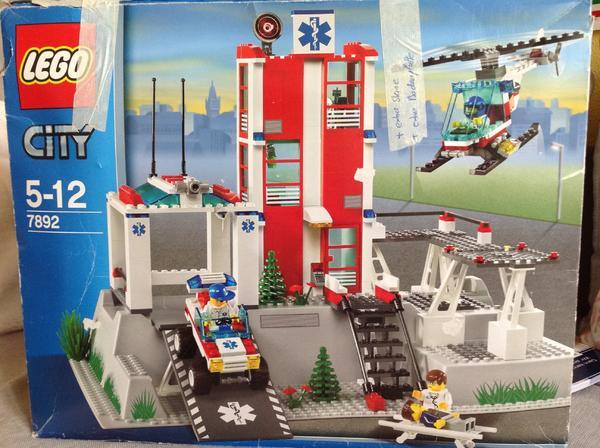 lego city krankenhaus zubeh r in m nchen spielzeug lego playmobil kaufen und verkaufen. Black Bedroom Furniture Sets. Home Design Ideas