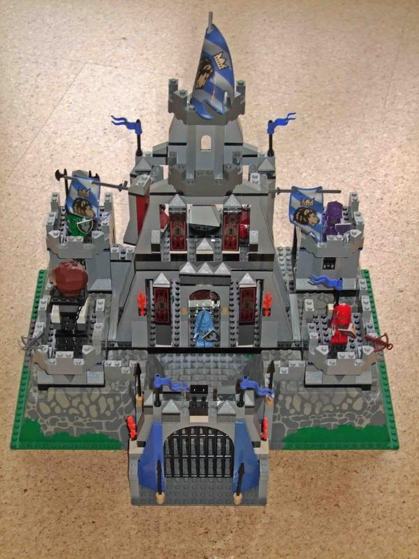 lego knights kingdom 8781 gro e ritterburg in reinbek. Black Bedroom Furniture Sets. Home Design Ideas