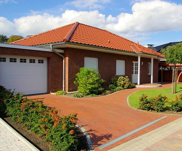 massiver bungalow ca 100 m in zeuthen 1 familien h user kaufen und verkaufen ber private. Black Bedroom Furniture Sets. Home Design Ideas