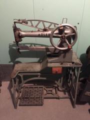 Nähmaschine - ADLER  Antik