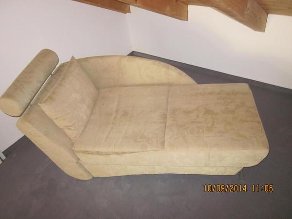 ottomane neu und gebraucht kaufen bei. Black Bedroom Furniture Sets. Home Design Ideas