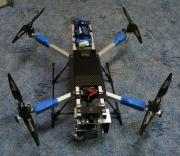 Professioneller Quadrocopter mit