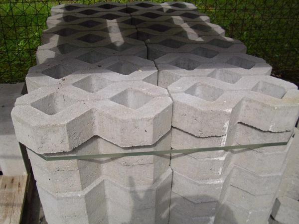 rasengittersteine in mamming sonstiges material f r den. Black Bedroom Furniture Sets. Home Design Ideas