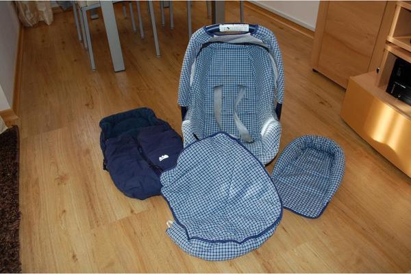 auto kindersitze baby kinderartikel augsburg. Black Bedroom Furniture Sets. Home Design Ideas