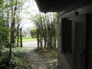 Romantisches Gartenhaus (massiv)