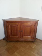 eckschrank eiche rustikal haushalt m bel gebraucht und neu kaufen. Black Bedroom Furniture Sets. Home Design Ideas