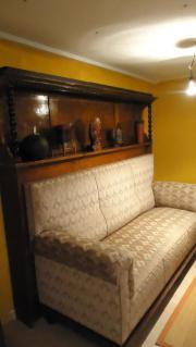 Schönes, altes Sofa
