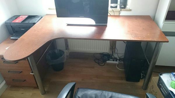 schreibtisch echtholz schreibtisch echtholz deutsche. Black Bedroom Furniture Sets. Home Design Ideas