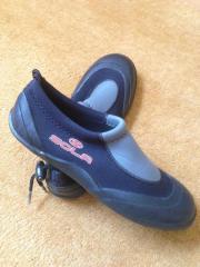 Schuhe fürs Wasser,