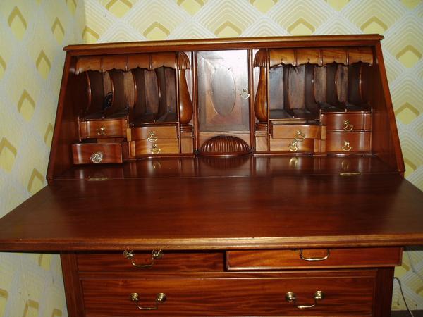 sekret r englischer stil mahagoni in f rth stilm bel. Black Bedroom Furniture Sets. Home Design Ideas