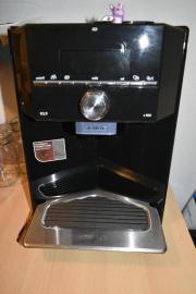 kaffeevollautomaten in berlin kaffee espressomaschinen. Black Bedroom Furniture Sets. Home Design Ideas