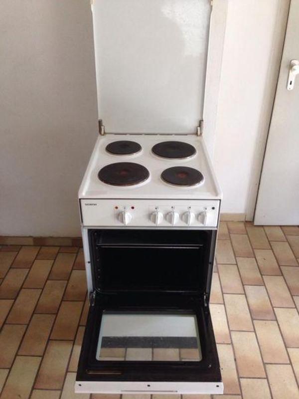 siemens standherd in wei in lauf k chenherde grill mikrowelle kaufen und verkaufen ber. Black Bedroom Furniture Sets. Home Design Ideas