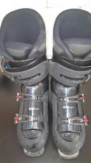 Ski Schuhe zu