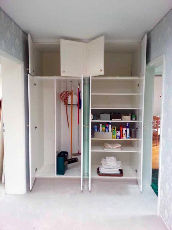spiegelschrank in n rnberg garderobe flur keller. Black Bedroom Furniture Sets. Home Design Ideas