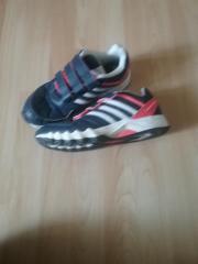 Sportschuhe von Adidas