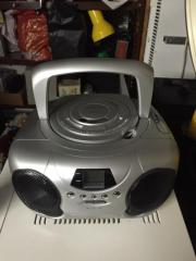 Stereo Radio portabel