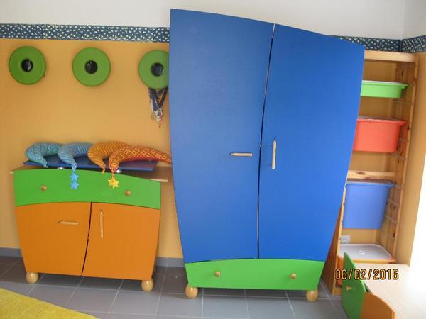 taube kinderzimmer fantasia sehr guter zustand made in. Black Bedroom Furniture Sets. Home Design Ideas