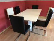 Tisch und 6Stühle
