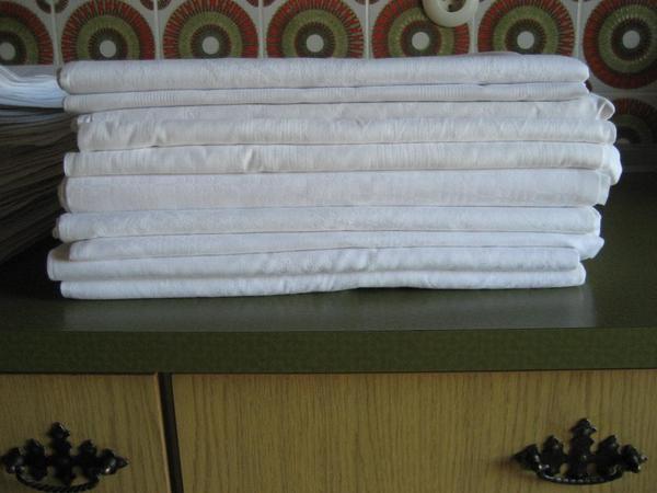 tischdecken in wadern gastronomie ladeneinrichtung. Black Bedroom Furniture Sets. Home Design Ideas