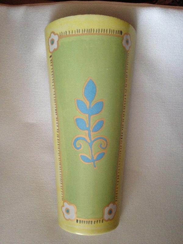 trockene heizungsluft keramik luftbefeuchter f heizk rper in landau fen heizung. Black Bedroom Furniture Sets. Home Design Ideas