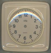 Uhrgehäuse aus Keramik.