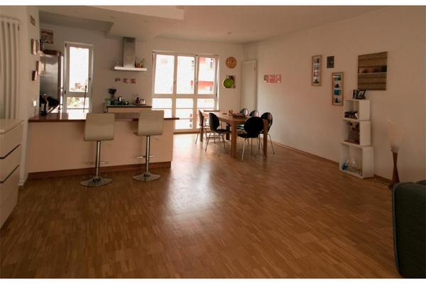 vermietung auf zeit sonnige und moderne 3 zi wohnung im prenzlauer berg in berlin. Black Bedroom Furniture Sets. Home Design Ideas