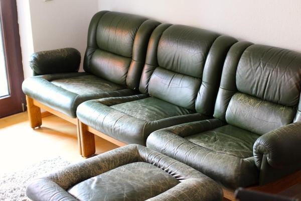 vintage ledersofa ledersessel dunkelgr n inkl ottomane. Black Bedroom Furniture Sets. Home Design Ideas