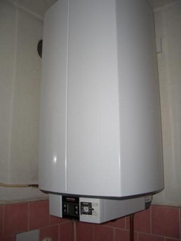warmwasserspeicher stiebel eltron 100 liter in hausen elektro heizungen wasserinstallationen. Black Bedroom Furniture Sets. Home Design Ideas