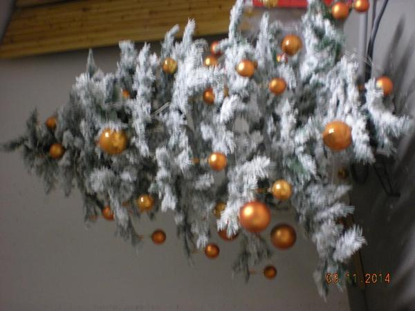 weihnachtsbaum inkl kugeln in wiesloch dekoartikel. Black Bedroom Furniture Sets. Home Design Ideas
