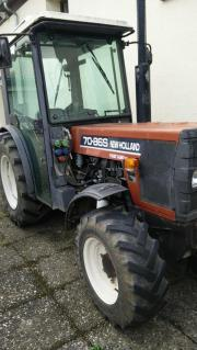 Weinbautraktor New Hollan