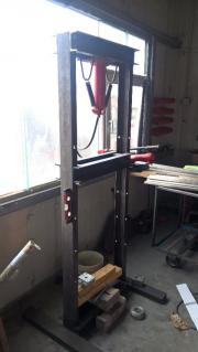 Werkstatt Presse 12