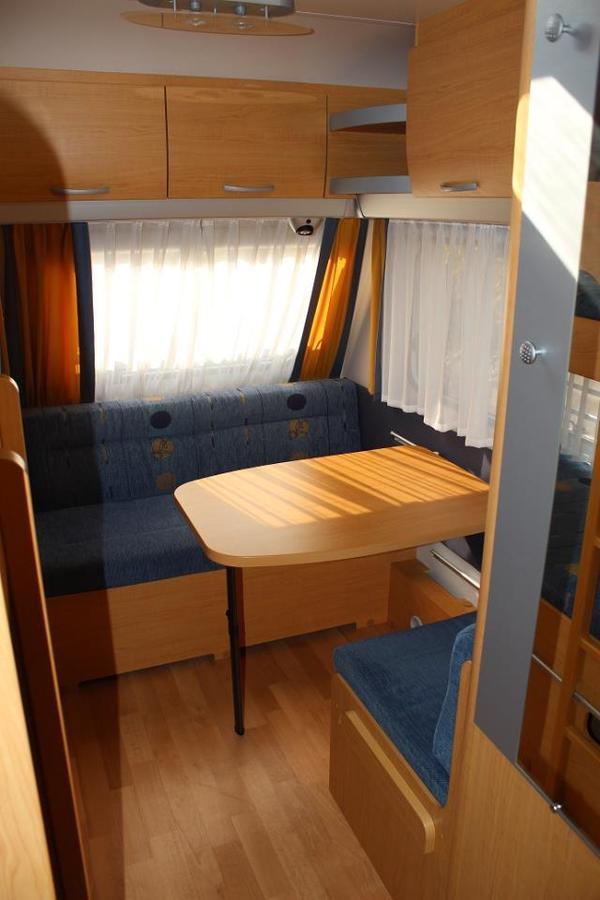 wohnwagen knaus s dwind 550 ku sitzecke stockbetten l ngs kinderzimmer in murrhardt. Black Bedroom Furniture Sets. Home Design Ideas