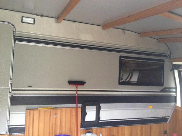 wohnwagen zu verkaufen in m rlenbach kaufen und verkaufen ber private kleinanzeigen. Black Bedroom Furniture Sets. Home Design Ideas