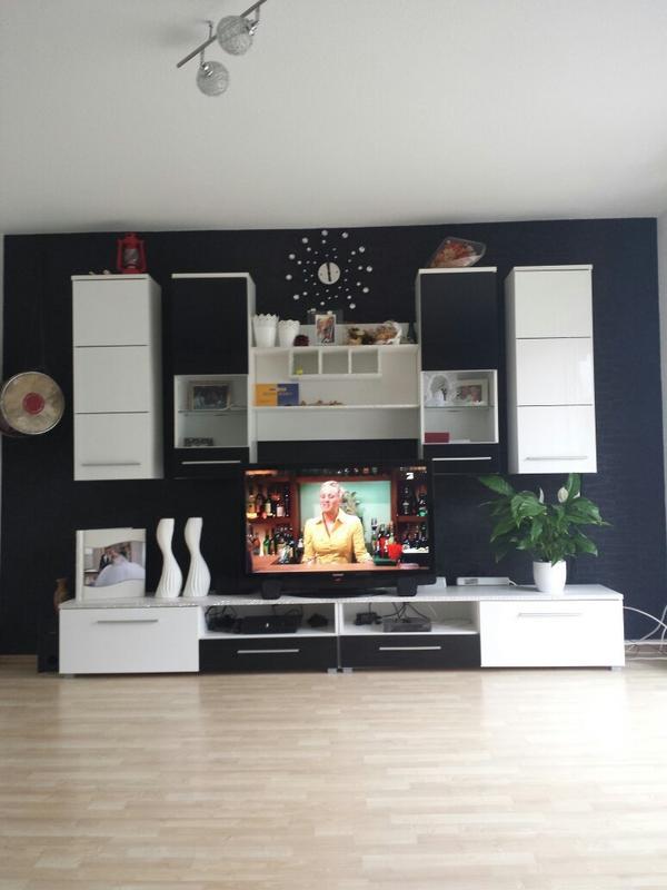 hochglanz wohnwand neu und gebraucht kaufen bei. Black Bedroom Furniture Sets. Home Design Ideas