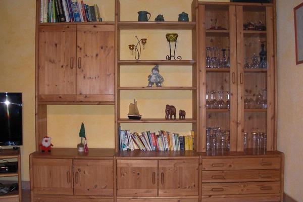 wohnwand kiefer massiv in wimsheim wohnzimmerschr nke. Black Bedroom Furniture Sets. Home Design Ideas