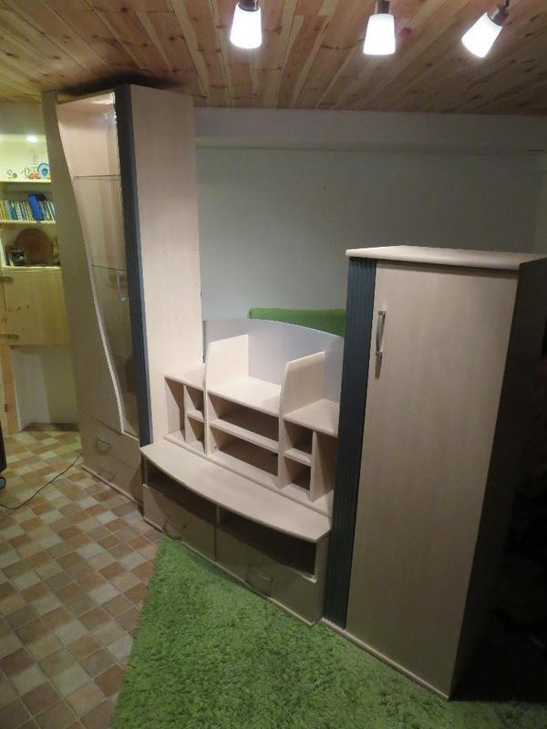 schrankwand wohnzimmer gebraucht raum und m beldesign inspiration. Black Bedroom Furniture Sets. Home Design Ideas
