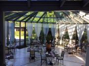 Wunderschöner Glaspavillon zu