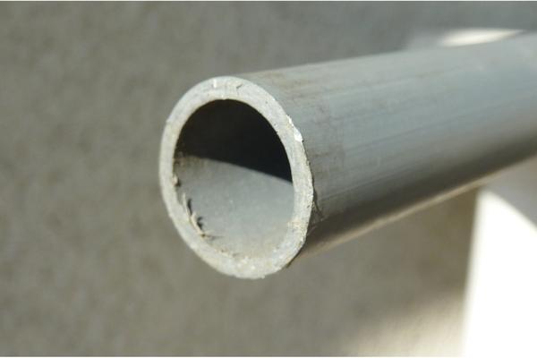 zubeh r f r betonierarbeiten kunststoffrohre 15 mm durchmesser als abstandshalter zum. Black Bedroom Furniture Sets. Home Design Ideas