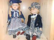 zwei Puppen mit
