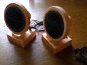 2 kleine Lautsprecherboxen verstellbar Farbe