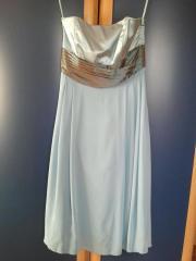 Abendkleid in hellblau