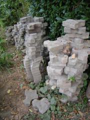 Betonsteine, Knochensteine für