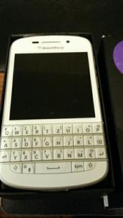 Blackberry Q10 zu