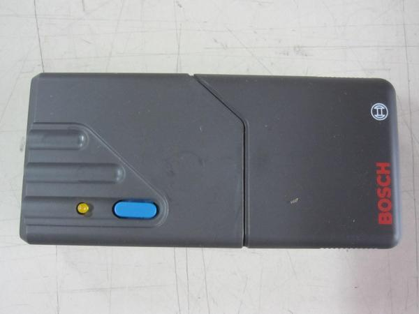 Bosch Fernbedienung Handsender Gelbe LED Garagentorantrieb 7 781 999 728, NEU - Siegburg - Bosch Fernbedienung 7781999728, Gelbe LED, 26,995 MHZ, z.B. für Torantrieb Comfortlift Profilift etc., NEU, unbenutzt, Anschlüsse leicht korrodiert, LED leuchtet, mangels passendem Garagentorantrieb/Empfänger aber als UNGEPRÜFT und DEFEKT!  - Siegburg