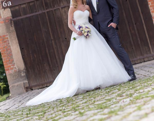 Brautkleid, Designerkleid, Hochzeitskleid, Traum aus Tüll, Ivory in ...