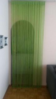 Butlers, Leuchtendgrüner Fadenvorhang,