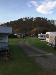 Camping/Wohnwagenstellplatz