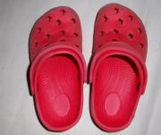 Clogs Gr 33 rot Badeschuhe