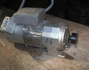 Drehstrommotor mit Getriebe und Bremse