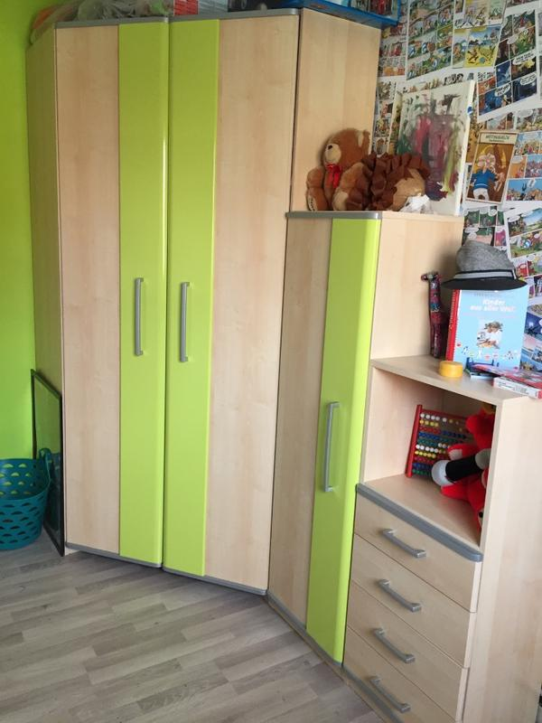 eckkleiderschrank plus 2 weitere wellenm bel collie in frankenthal kinder jugendzimmer kaufen. Black Bedroom Furniture Sets. Home Design Ideas
